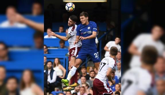 Chelsea kötü başladı
