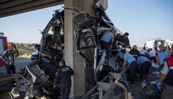 Eskişehir-Ankara yolunda kazada 5 ölü