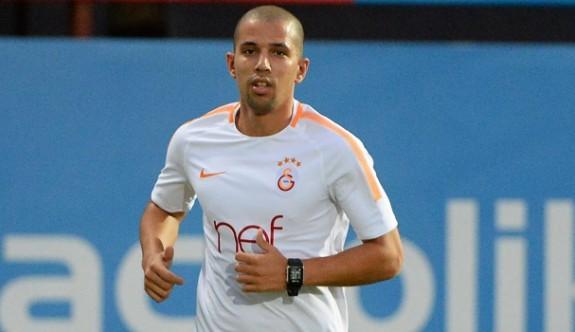Galatasaray Feghouli'ye izin vermiyor