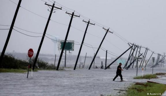 Harvey Kasırgası Teksas kıyılarını vurdu