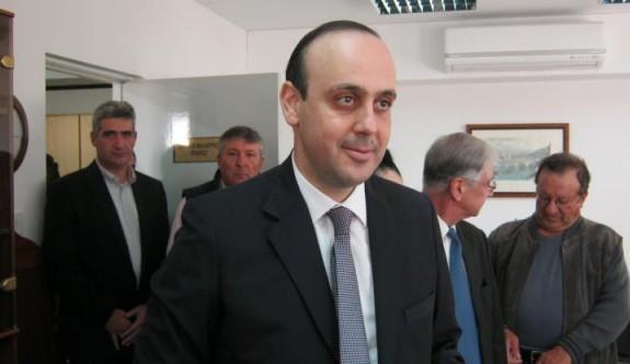 """""""Kıbrıs Türk mallarından yasadışı gelirler elde diliyor"""""""