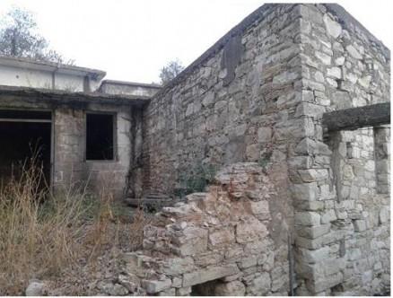 Larnaka'daki Türk evleri bakımsız