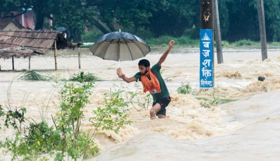 Nepal'de sel felaketi