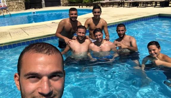 Ozanköy havuz keyfi yaptı