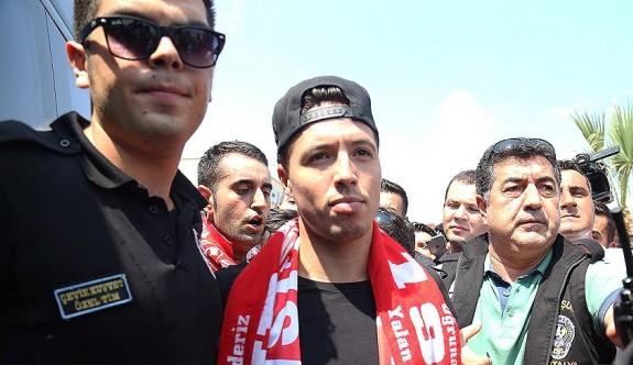 Samir Nasri resmen Antalyaspor'da