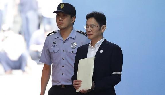 Samsung'un veliahdına 5 yıl hapis cezası