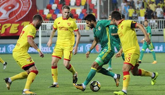 Yabancı futbolcular Lucescu'yu zorluyor