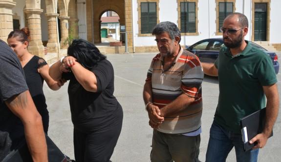 Ailece tutuklandılar