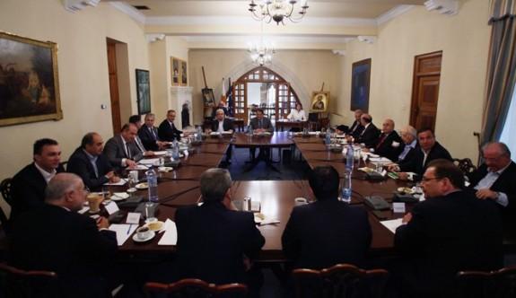 Anastasiadis Ulusal Konseyi topluyor
