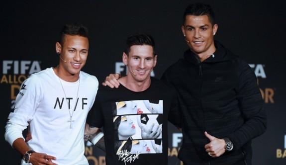 FIFA yılın futbolcusu adayları üçe indi