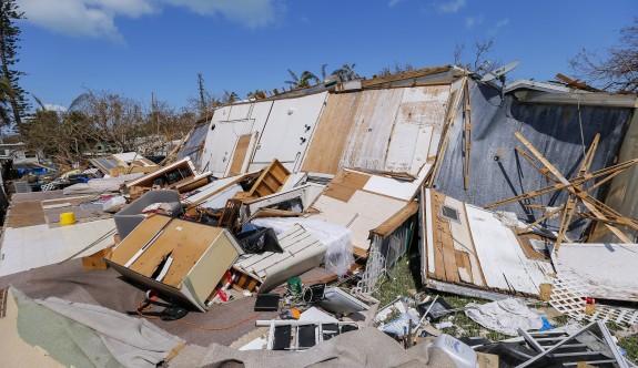 Florida'da evlerin dörtte biri yıkıldı
