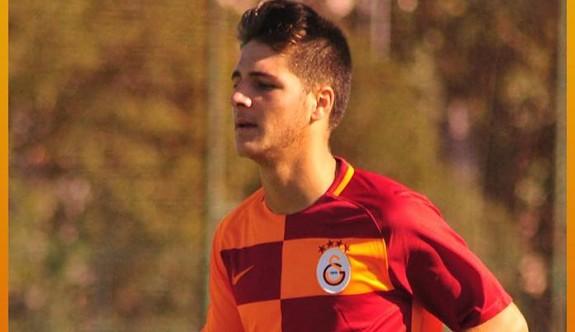 Galatasaray'ı, Sivri sırtlıyor