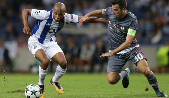 Kartal, Porto'ya pençe attı