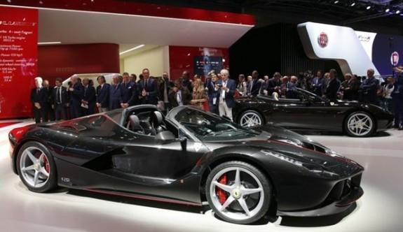 La Ferrari Aperta 10 milyon dolara alıcı buldu