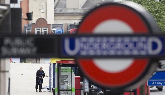 Londra Metrosu'nda patlama
