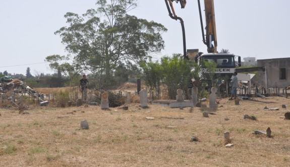 LTB'den Küçük Kaymaklı köy mezarlığı için çağrı