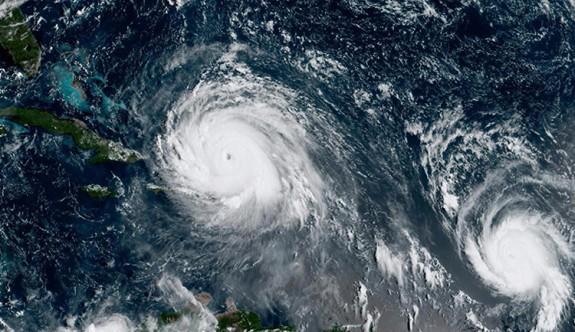 Maria kasırgası 72 bin kişilik adayı yerle bir etti