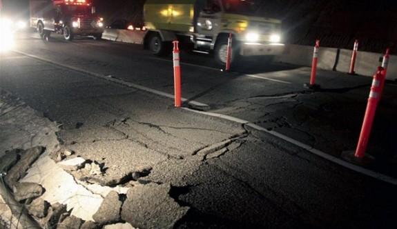 Meksika doğal afetlerle mücadele ediyor