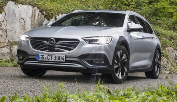 Opel Insignia'ya yeni 2.0 BiTurbo dizel motor