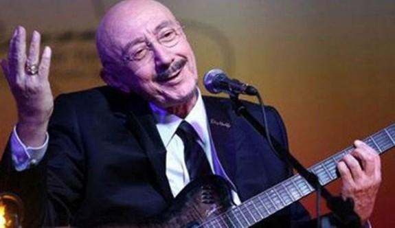 16. Zeytin Festivali,  Özdemir Erdoğan'ın konseriyle sona erecek.