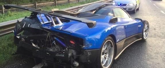 7 milyon liralık otomobil kaza yaptı
