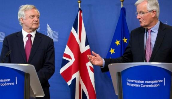 Brexit görüşmeleri çıkmazda