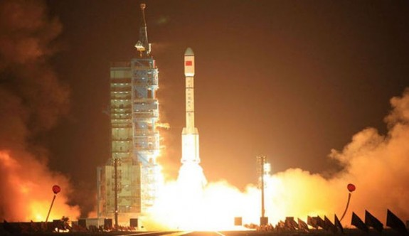 Çin ile Fransa 2018'de ortak uydu fırlatacak