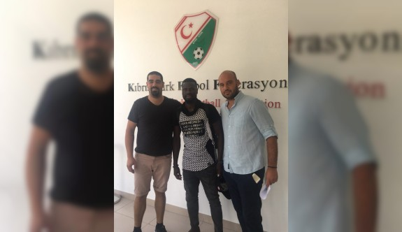 Eboue'den Türk Ocağı'na dava