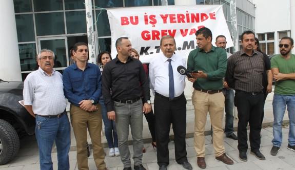 Girne Çalışma Dairesi'nde personel eksikliği grevi getirdi