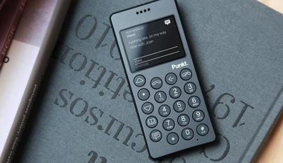 """İşte piyasadaki en iyi """"akılsız"""" telefonlar"""