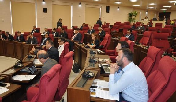 Kıbrıs konusundaki iki karar önerisinin ivedilik istemi geri çekildi
