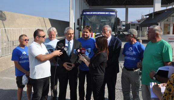 """""""Kuzey Kıbrıs'ı Keşfet"""" otobüsü Kıbrıs'ta"""