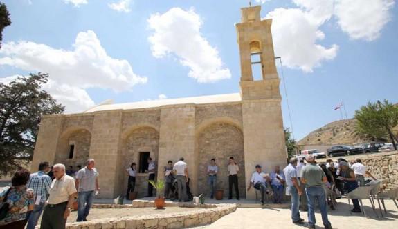 Maronitler, AP'nin öncelikleri arasında