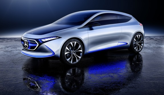 Mercedes'in gelecekteki yıldızı Concept EQA