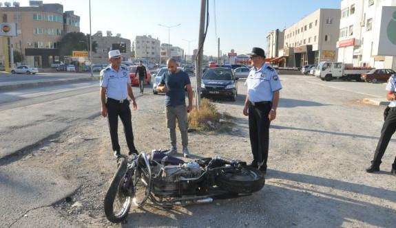 Motor kazası ucuz atlatıldı