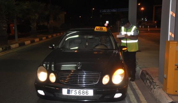 Polisten kaçak taşımacılara fren