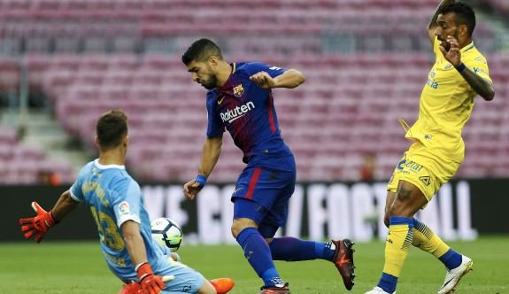 Seyircisiz maçta Barça ikinci yarıda açıldı