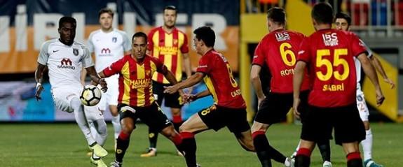 Süper Lig'de 7 haftanın en yaşlısı Göztepe