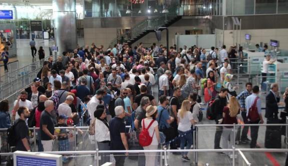Türkiye'de havayoluyla 150 milyon kişi taşındı