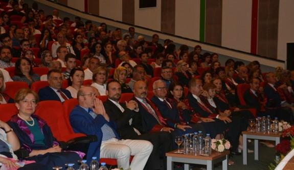 YDÜ Tıp Fakültesi'nde Beyaz Önlük Giyme töreni yapıldı