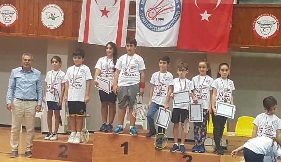 Badminton şampiyonu Yakın Doğu