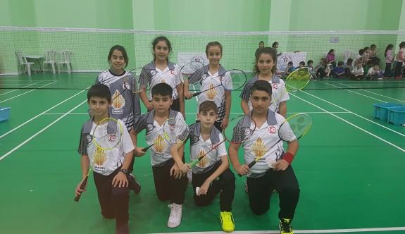 Badmintoncular, Ankara'da raket sallayacaklar