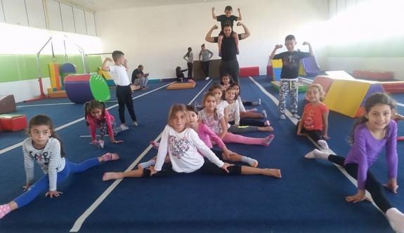 Cimnastikçiler, Cumhuriyet için yarışacak