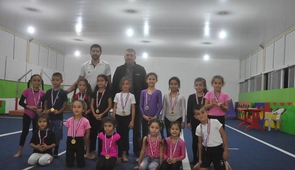 Cimnastikçiler, Cumhuriyet için yarıştı