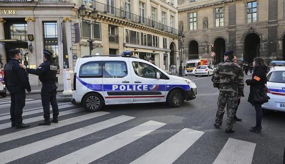Fransa'da 719 gün süren OHAL kalktı