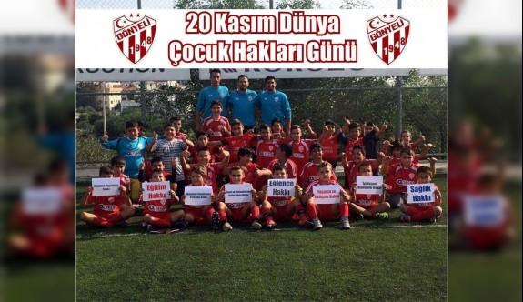 Gönyeli Futbol OkuluDünyaÇocuk Hakları Günü hakkında bilgilendirildi