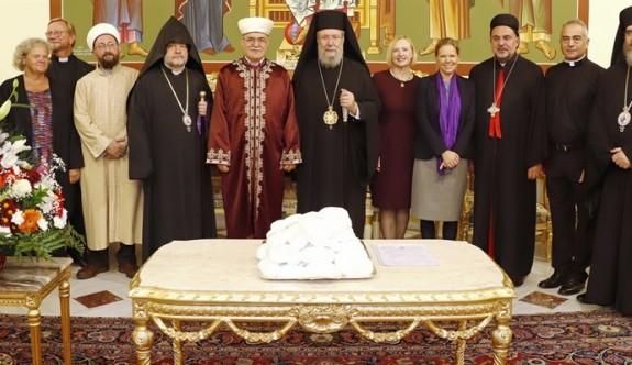 """Kıbrıs'taki dini liderler, """"St Chrysostom Yortusu""""nda buluştu"""
