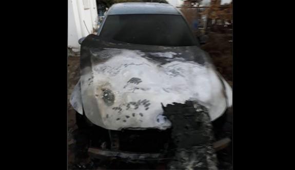 Öykün'e ait araç yakıldı