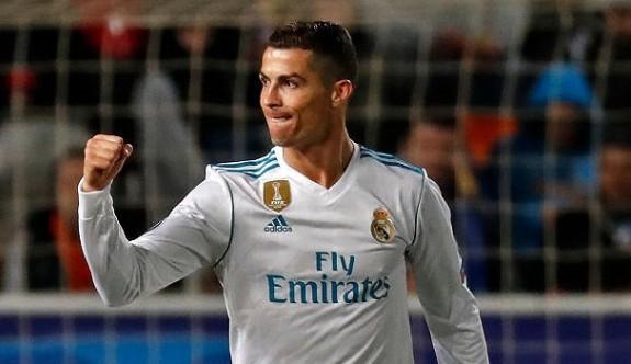 Ronaldo'dan Devler Lig'nde bir rekor daha