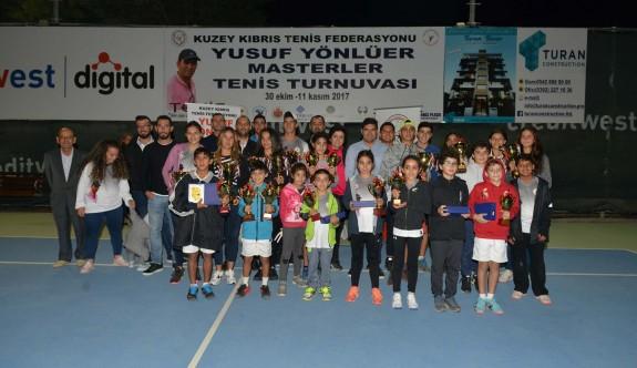 Tenisin şampiyonları belirlendi